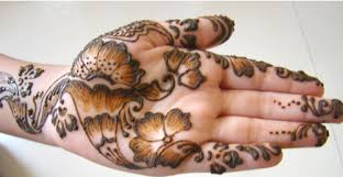Simple Mehndi Design for Hands